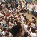 בצילום: טקס פתיחת שנת הלימודים בבית חינוך אביב. צילום באדיבות אורנה שם טוב