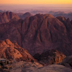 בצילום: הר סיני. מקור: ויקיפדיה