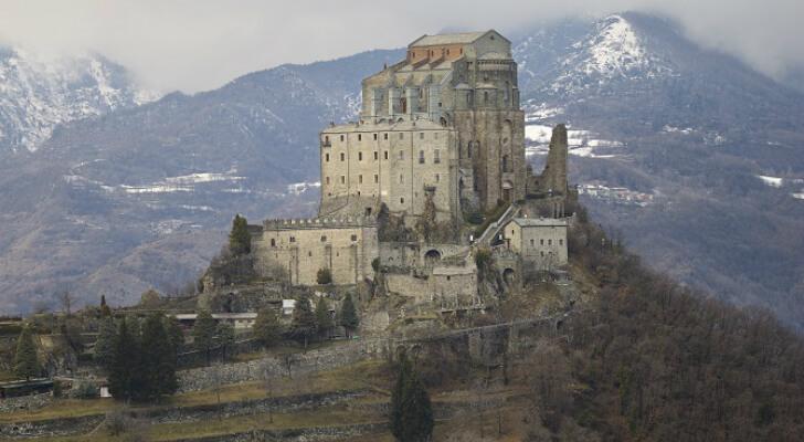 מנזר Sacra di San Michele, לא בקיץ