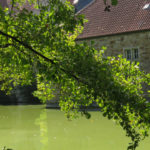 בית על גדת נהר בגרמניה