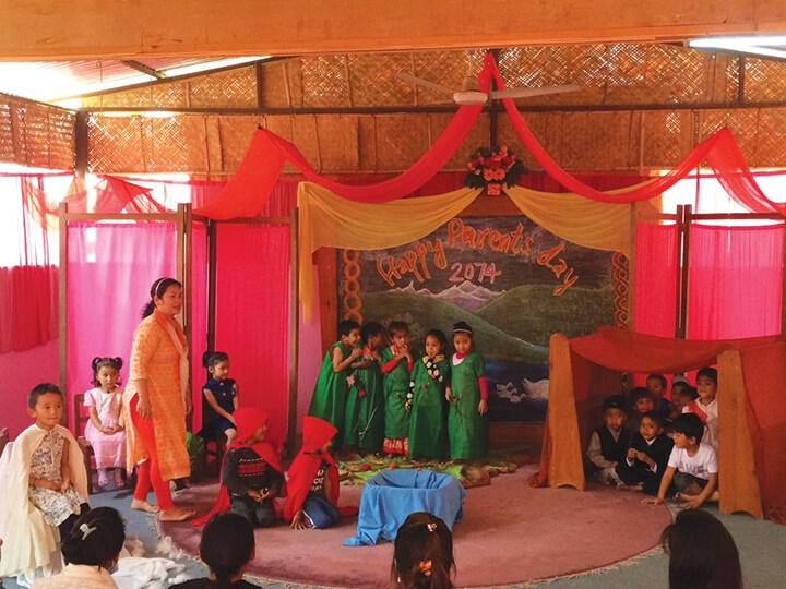 ילדי כיתה ג'. חג חודש בבית ספר טאשי. צילום: אלזה בניק