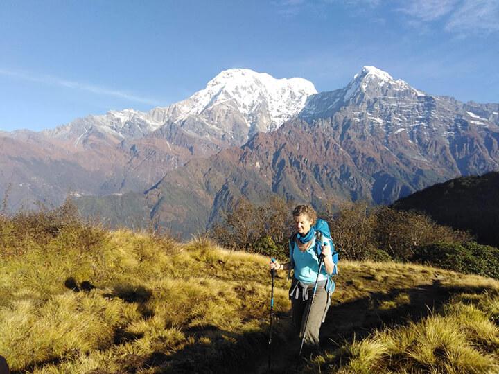 בטרק של הסמינר בנפאל. האנפורנה ברקע. צילום: ריטמן גורונג